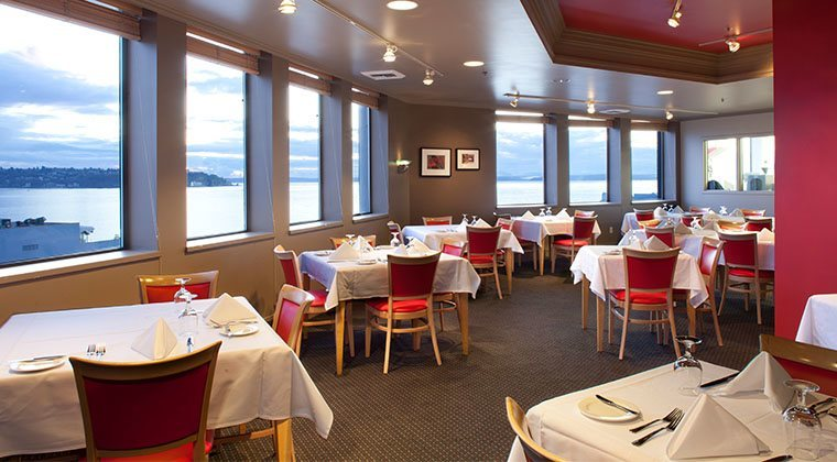 At Portfolio Restaurant, the student-run restaurant at The International Culinary School at The Art Institute of Seattle, 6th-term culinary art students create a tempting multi-course menu that emphasizes fresh seasonal favorites.